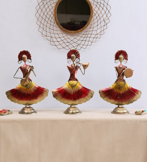 gold iron red doll lady human figurine set of 3 by b k exports gold iron red doll lady human figurin 0nvlfe 1